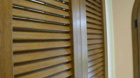 Preventivo infissi in pvc porte finestre oscuranti e for Costo persiane pvc